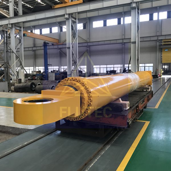 OFFSHORE & MARINE CYLINDERS (5)